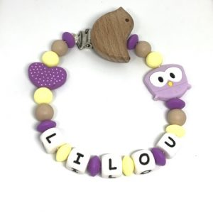 accroche tetine hibou violette jaune coeur personnalisee