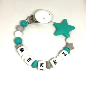 accroche sucette turquoise blanc etoile Mekki gris personnalisee