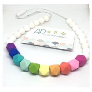collier-de-dentition-arc-en-ciel-maman-bebe